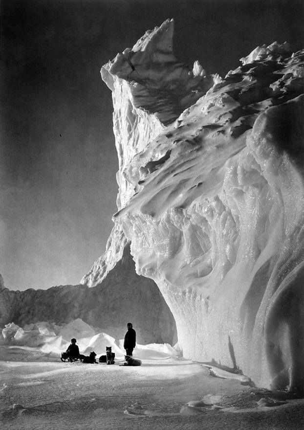 iconic iceberg photos